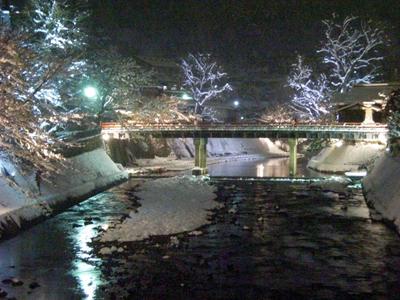 冬の中橋ライトアップ.JPG