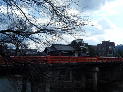 中橋.jpg