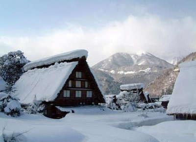 冬の白川郷2.jpg